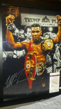Mike Tyson 16x20 signed & authenticated photo  Toronto, M1L 2T3