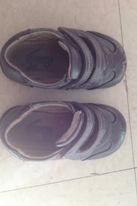 Toddler shoes size 7