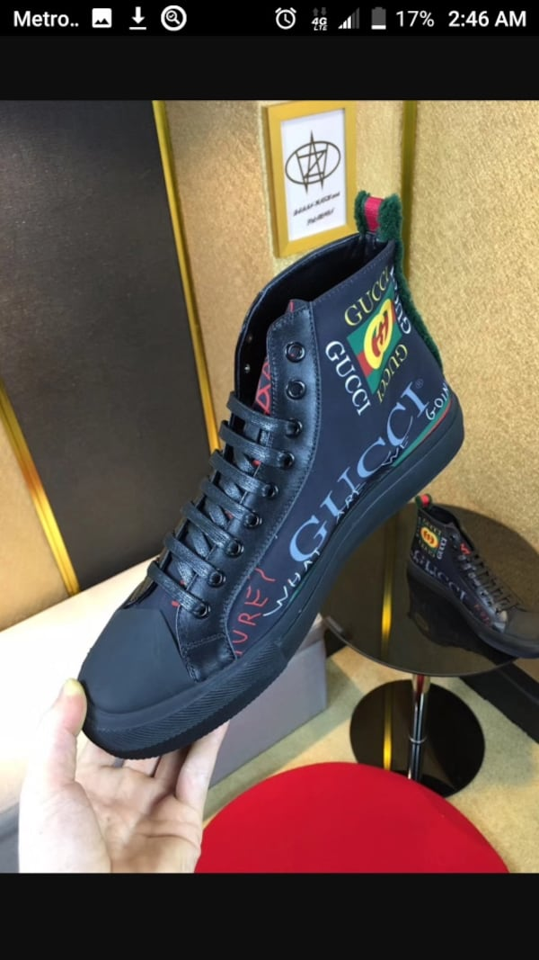 BY ORDER ONLY Preowned Gucci World Collection Sneakers size 6-12 95225187-3ce0-4219-96d2-34ee6e38f106