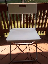 white and black wooden folding table Hyattsville, 20783