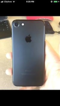 iPhone 7 32gb Black Locked on Rogers. Mint Condition. Read description London, N5Y 2T7