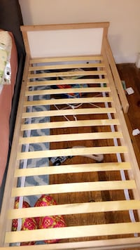 brown wooden slatted bed frame Arlington, 22204
