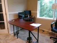 brown and black wooden desk Snoqualmie, 98065