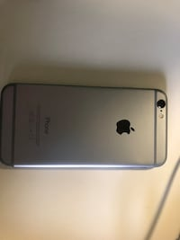 iPhone 6 16GB comes with wall charger and headphones Vancouver, V6H 1J7