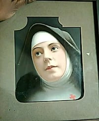 Nun portrait painting with black frame Chicago, 60649