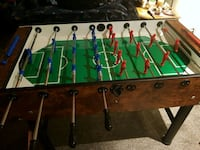 BEAUTIFUL(from Italy)Brown&green foosball table Calgary, T2C 1T6