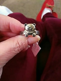 Teddy Ring Burlington, 52601