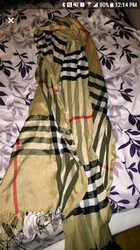 Burberry scarf in women's Toronto, M3C