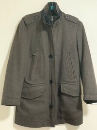 Authentic Hugo Boss men wool coat small gently used like new Mississauga, L5V 1R4