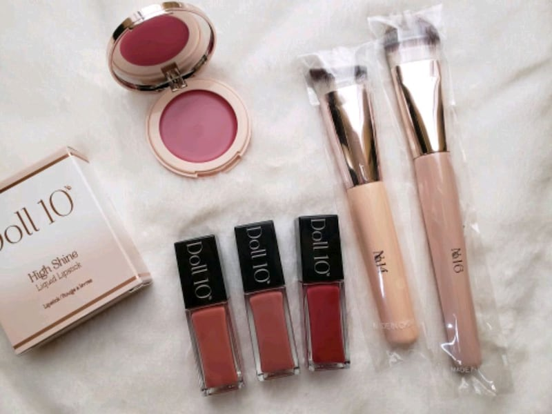 Doll 10 makeup liquid lipsticks blush $140+ NEW!   0