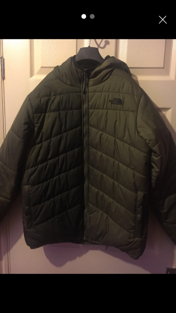 83c78b6894 Used The north face reversible puffer coat for sale in Leicester - letgo