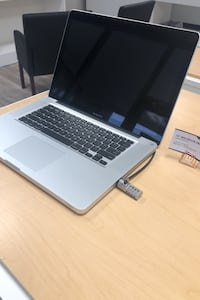 15' MacBook Pro /8gb  Financing available Stafford, 22554