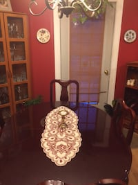 Cherrywood Dining Table with 5 chairs Olney