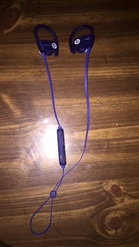 Powerbeats3 wireless (blue) Toronto, M9V 3S5