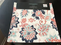 4 Cynthia Rowley placemats 15x15 new Orland Park, 60462