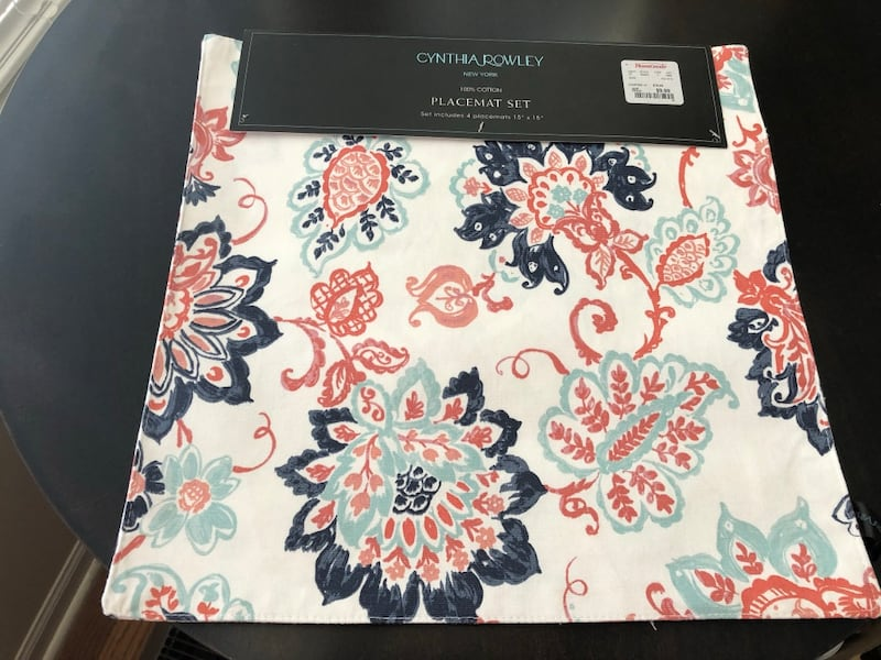 4 Cynthia Rowley placemats 15x15 new 0