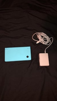 Blue nintendo dsi with charger Orlando, 32826
