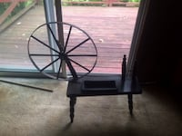 small spinning wheel ALBANY