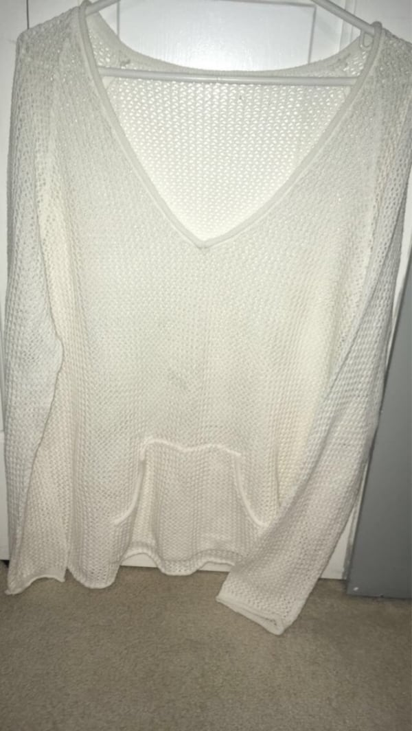Mesh style womans sweater for beach! 86bb1916-1cac-4d81-8d1b-54a79dc4c9bc