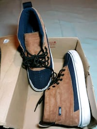 size 9 weatherized vans Fairfax, 22030