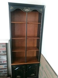 2 matching Book Shelf