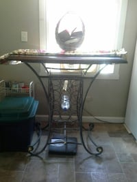 Cast iron wine rack bar table Belmont, 03220