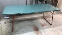 rectangular gray metal framed glass top table Côte-Saint-Luc, H4W 2T8