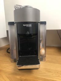 Nespresso Virtuo machine - great condition!