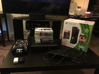 Xbox 360 (250 Gb) - with extra controller and dual charging dock. Vancouver, V5T