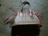 gray and pink monogram Coach leather tote bag Gilroy, 95020