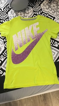 Nike Shirt Fort Erie, L2A 4N2