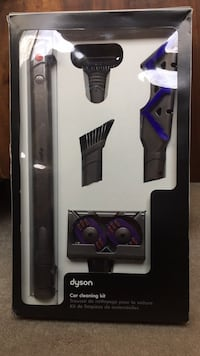 Dyson car cleaning kit Columbia, 21044