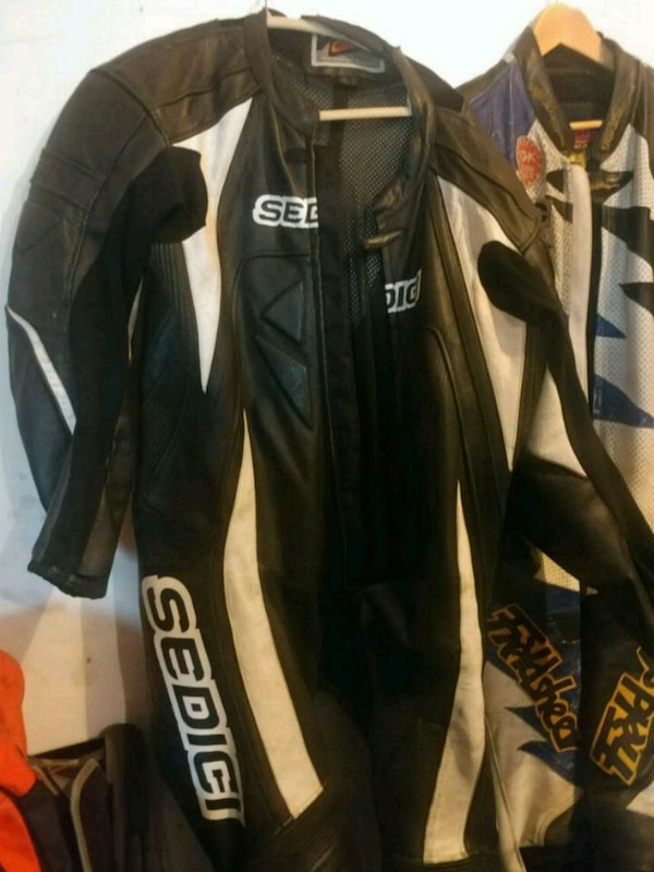 Motorcycle race suit leathers