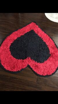 Red and black area rug Beaverton, 97003
