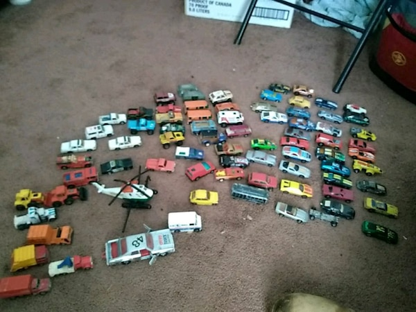 Lot of very old matchbox cars
