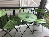 2 chairs and table patio set for Sale