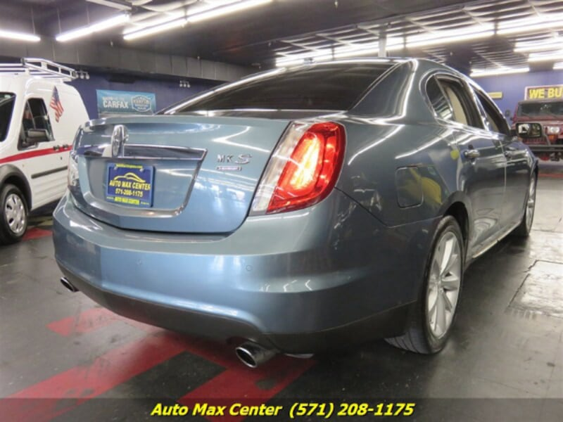 2010 Lincoln MKS AWD 2