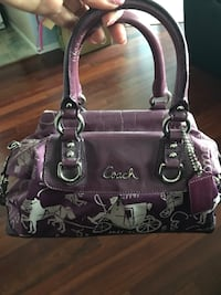 Coach purse - negotiable New Westminster, V3L 3C2