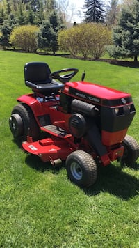 Toro Wheel Horse -691 hrs contact Robbie Mount Airy, 21771