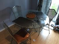 Dining Set Guelph, N1L 0A3