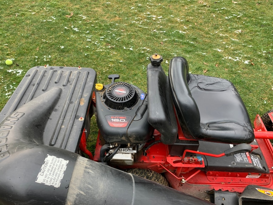 Photo Snapper riding mower