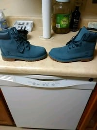 pair of blue Timberland work boots Kalamazoo, 49001