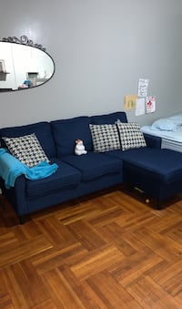 Beautiful sectional, perfect for small apt