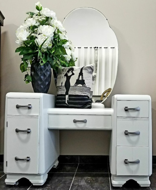 Used Antique Smoke Grey Vanity Woval Mirror For Sale In Wasaga