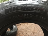 Michelin tires two 70 % left P195/70R14 Victoria, V8X 1L4