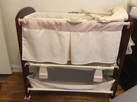 Bassinet/Changing Table