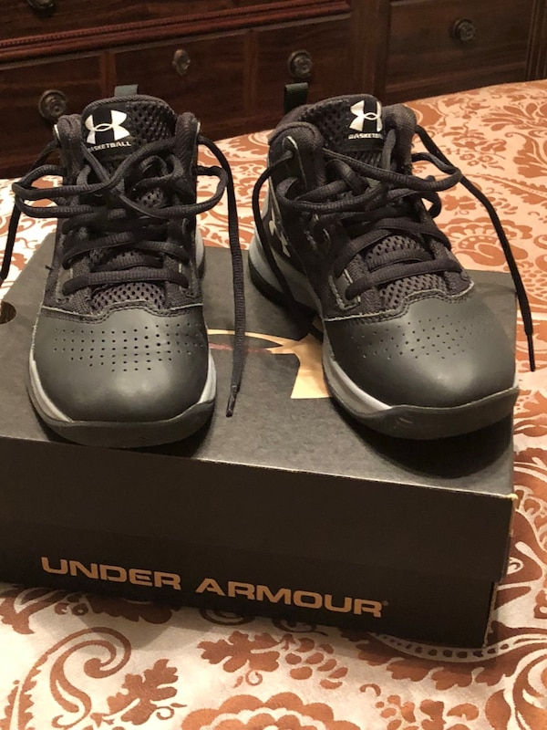 4950a9fabc084a Used pair of black Air Jordan basketball shoes with box for sale in  Douglasville