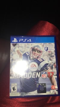 Madden NFL 17 PS4 game case