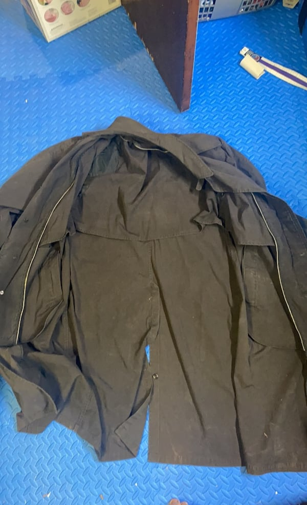 Old school Trench coat 03234450-efc6-4b31-b3ef-70168f636597