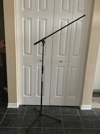 ULTRA mic stand and cable